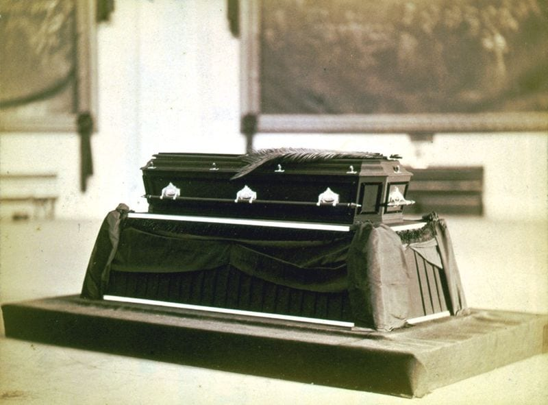 President Garfield's casket lying in state at the Capitol Rotunda (Wikipedia)