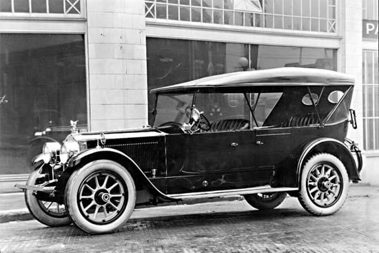 1922 photo of a Packard