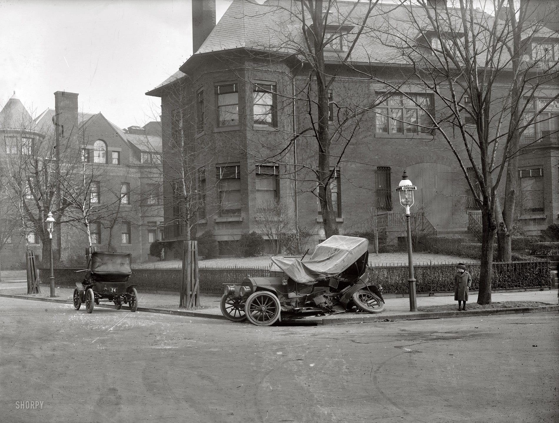 Massachusetts and 21st St. NW (1917)