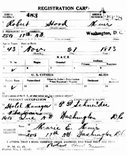 Robert H. Muir's World War I Draft Registration Card (Ancestry.com)