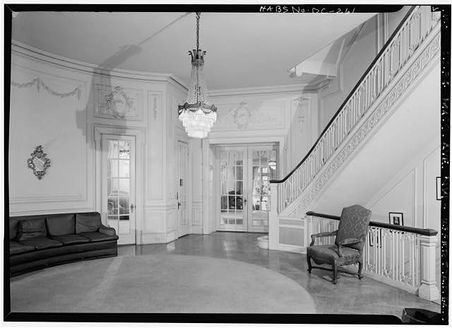 Upper stair or living hall in 1970 (Library of Congress)
