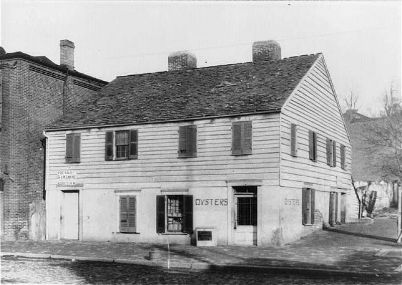 Suter's Tavern in Georgetown (Library of Congress)
