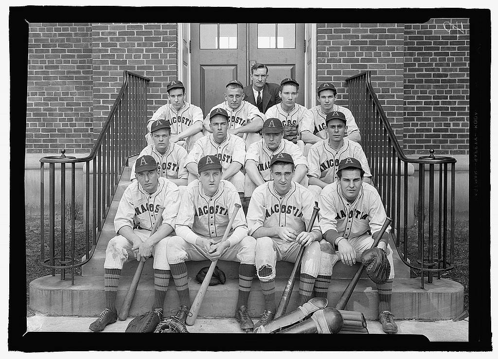Anacostia High School Indians baseball team in 1939 (Library of Congress)