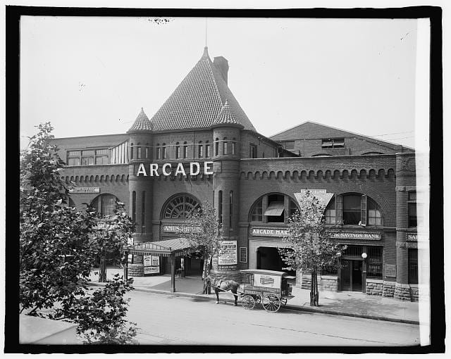 Columbia Heights Arcade Gets First Roof Garage in D.C.