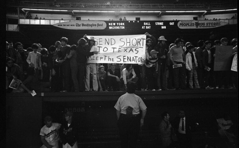 Washington fans express their outrage at Bob Short moving team to Texas in 1971