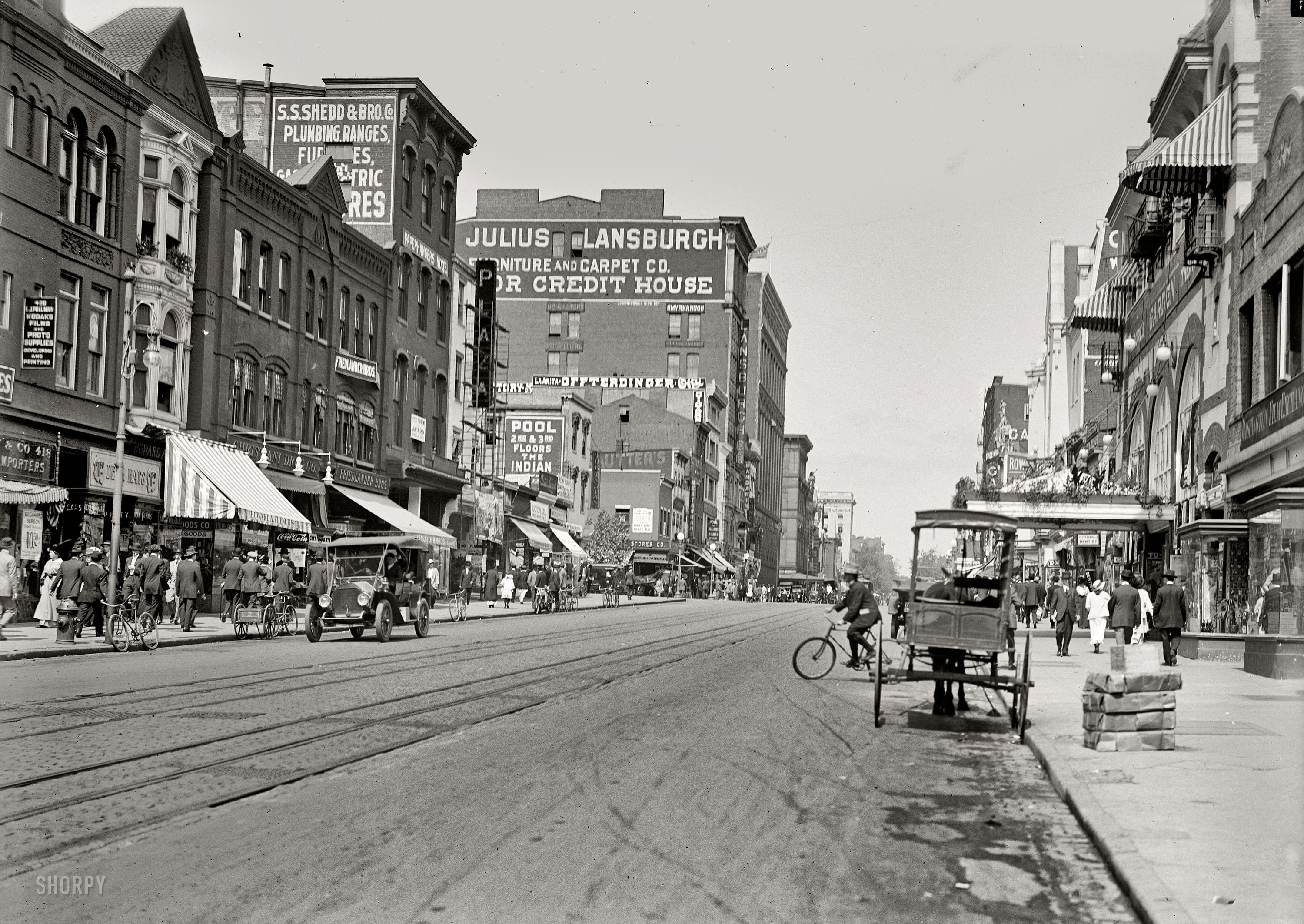 Old Photo Friday: 9th St. NW in 1915