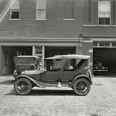 """D.C. Fire Dept. car for Semmes Motor Co."""" National Photo Company Collection glass negative (Shorpy)"""