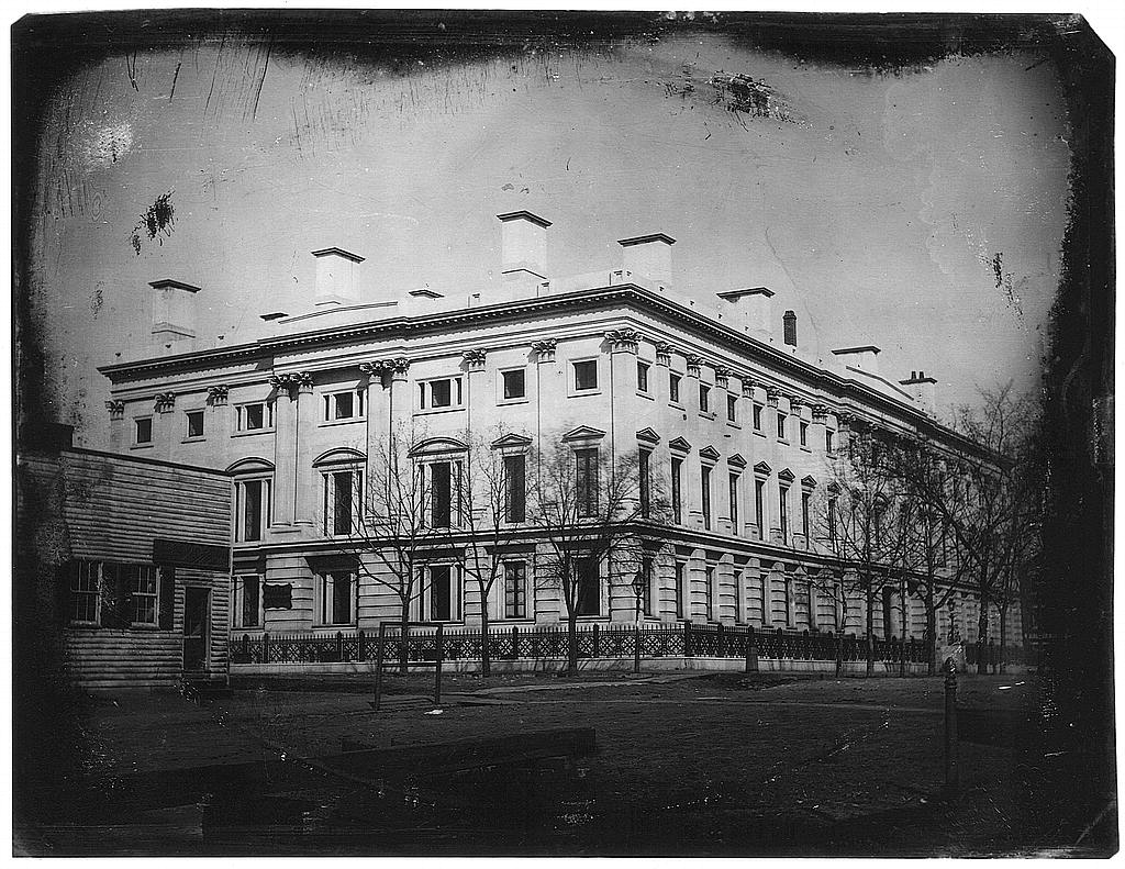 al Post Office from the corner of 8th Street and E Street, NW, Washington, D.C., the shop of Elija Dyer, merchant tailor, on the left (Library of Congress)