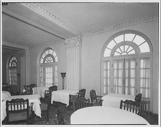 Dining Room of The Westchester Apartments by Theodor Horydczak in 1947 (Library of Congress)