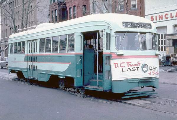 #1101 on fan trip at 7th Street & Florida - January 27th, 1962, the last day ever (source: Joe Testagrose collection)