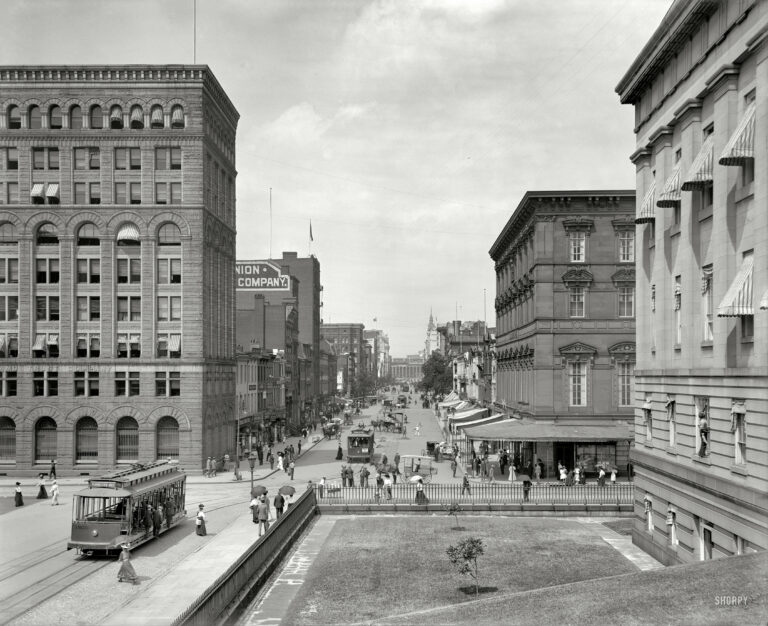 """Washington, D.C., circa 1908 """"F Street, looking toward Treasury."""" Note the sign on the Lincoln Park streetcar advertising the """"hydraulic dive"""" at Glen Echo. (Shorpy)"""