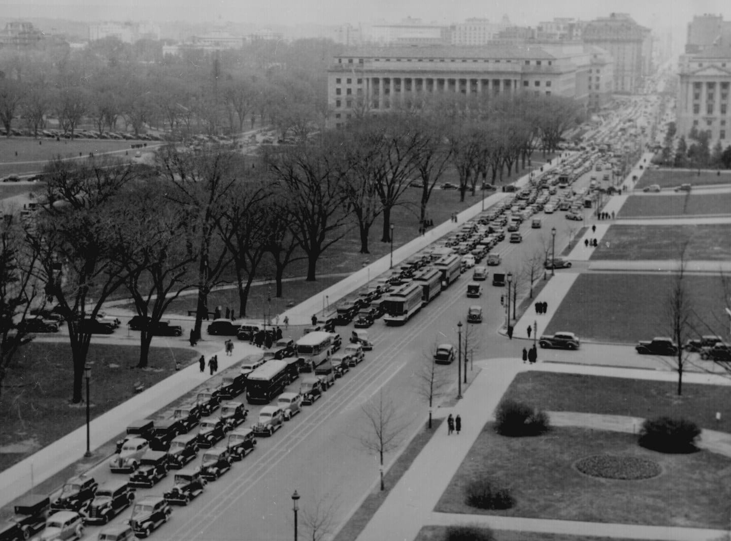 Aerial view of a traffic jam, 14th Street and the Mall, Washington, D.C., Apr. 1937. 30-N-37-1360A.  (National Archives)