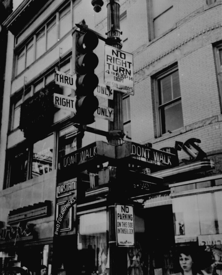 """Walk,"" ""Don't Walk,"" ""No Right Turn,"" ""Thru Only"": a complicated traffic signal to uncomplicate Washington, D.C., traffic, 1949. 306-PS-49-2682. (National Archives)"