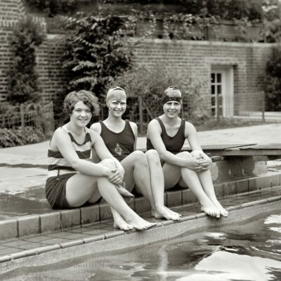 """June 21, 1926. Washington, D.C. """"Peggy Walsh, Clytie Collier and Ethel Barrymore Colt."""" National Photo Company glass negative."""
