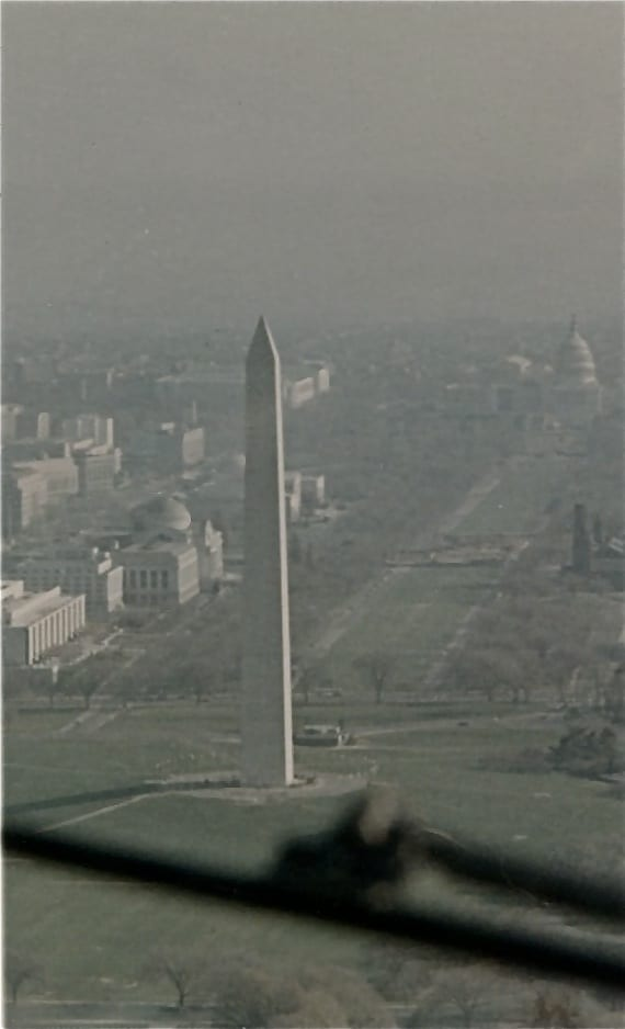 airliner pilot's view of the Washington Monument