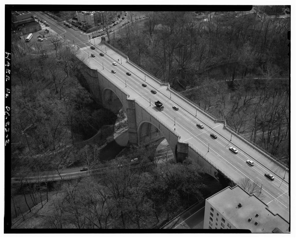 aerial view of Duke Ellington Bridge in 1993 (Library of Congress)