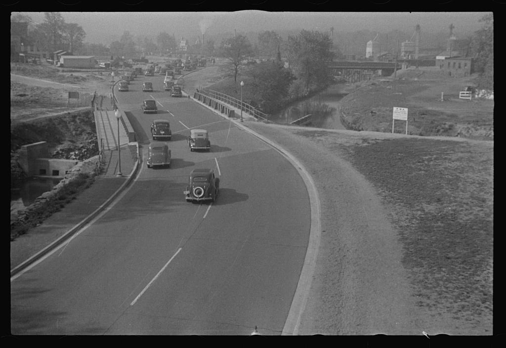 Rock Creek and Potomac Parkway in 1939 (Library of Congress)