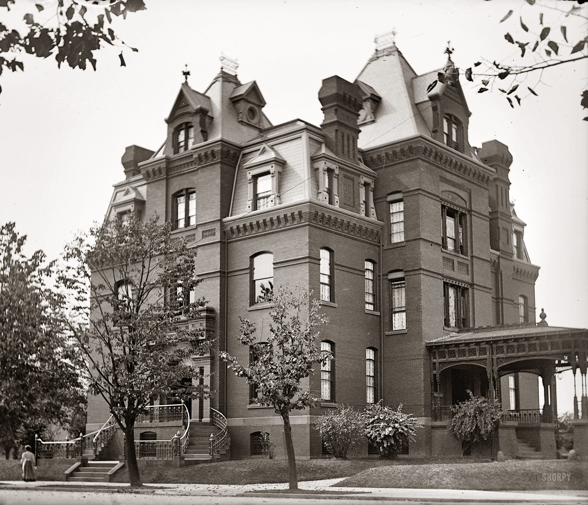 """Washington circa 1900. """"Jack Blaine residence."""" The imposing 1880s home of James Blaine, Republican from Maine and three-time presidential aspirant. The house, the only surviving example of the """"castles"""" that once ringed Dupont Circle, is undergoing a major renovation. National Photo glass negative."""