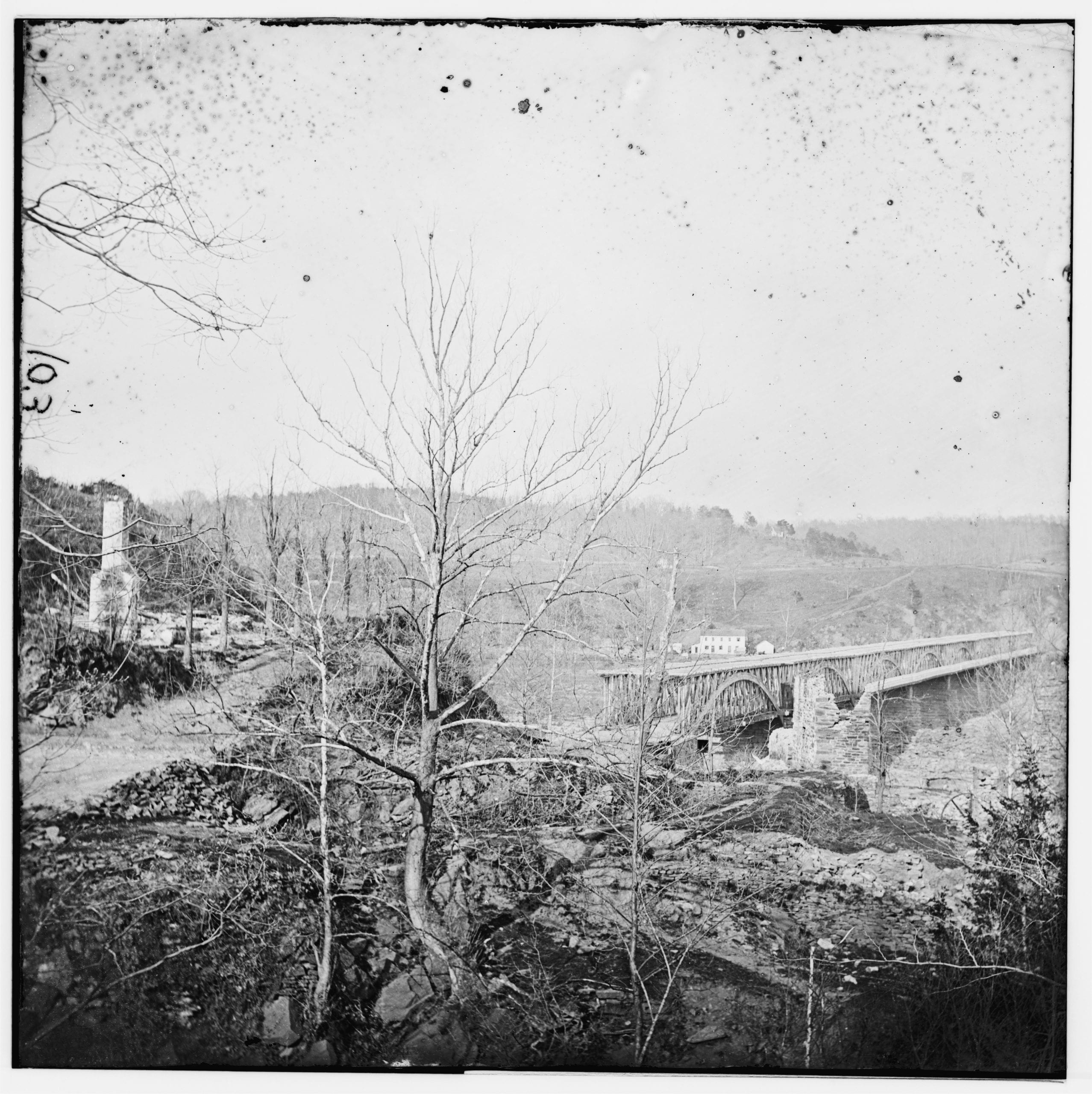 Chain Bridge during the Civil War (Library of Congress)