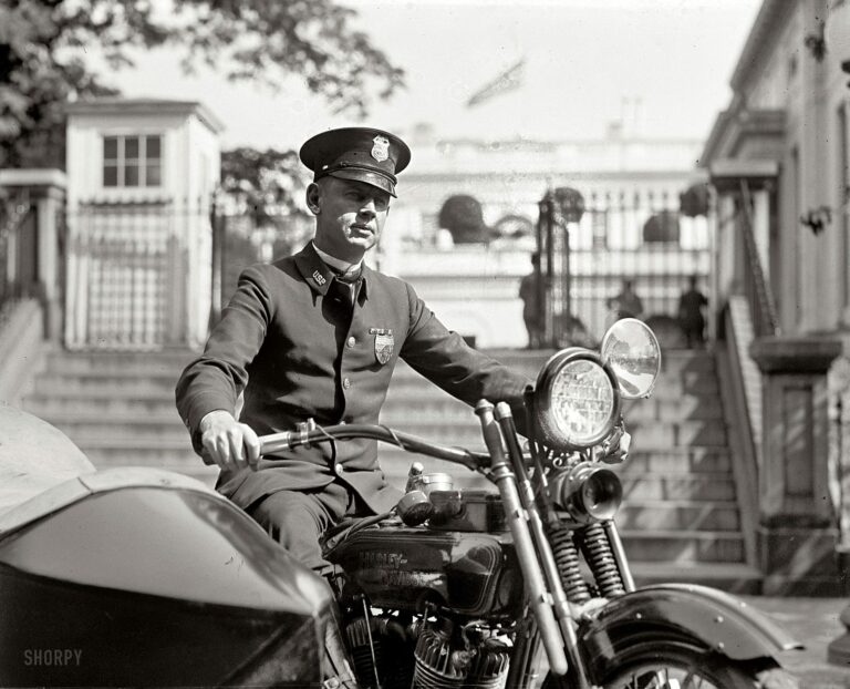 """At the White House gates. """"M.A. Rainey, October 5, 1922."""" National Photo Company Collection glass negative."""
