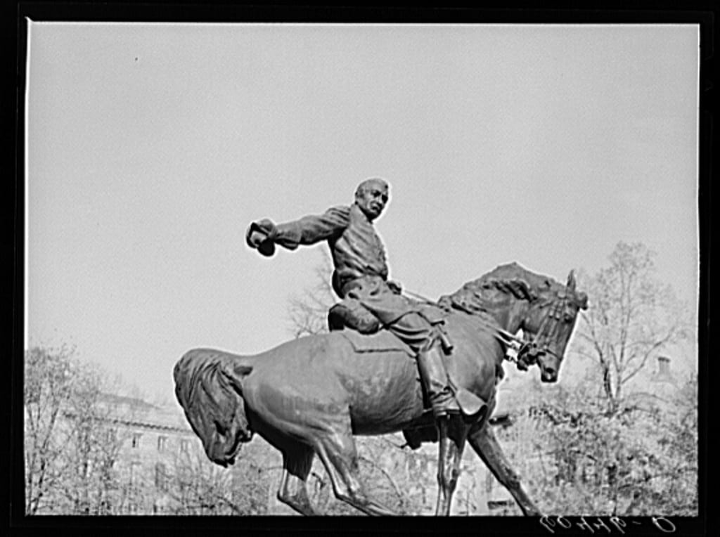 Sheridan statue in 1939 (Library of Congress)