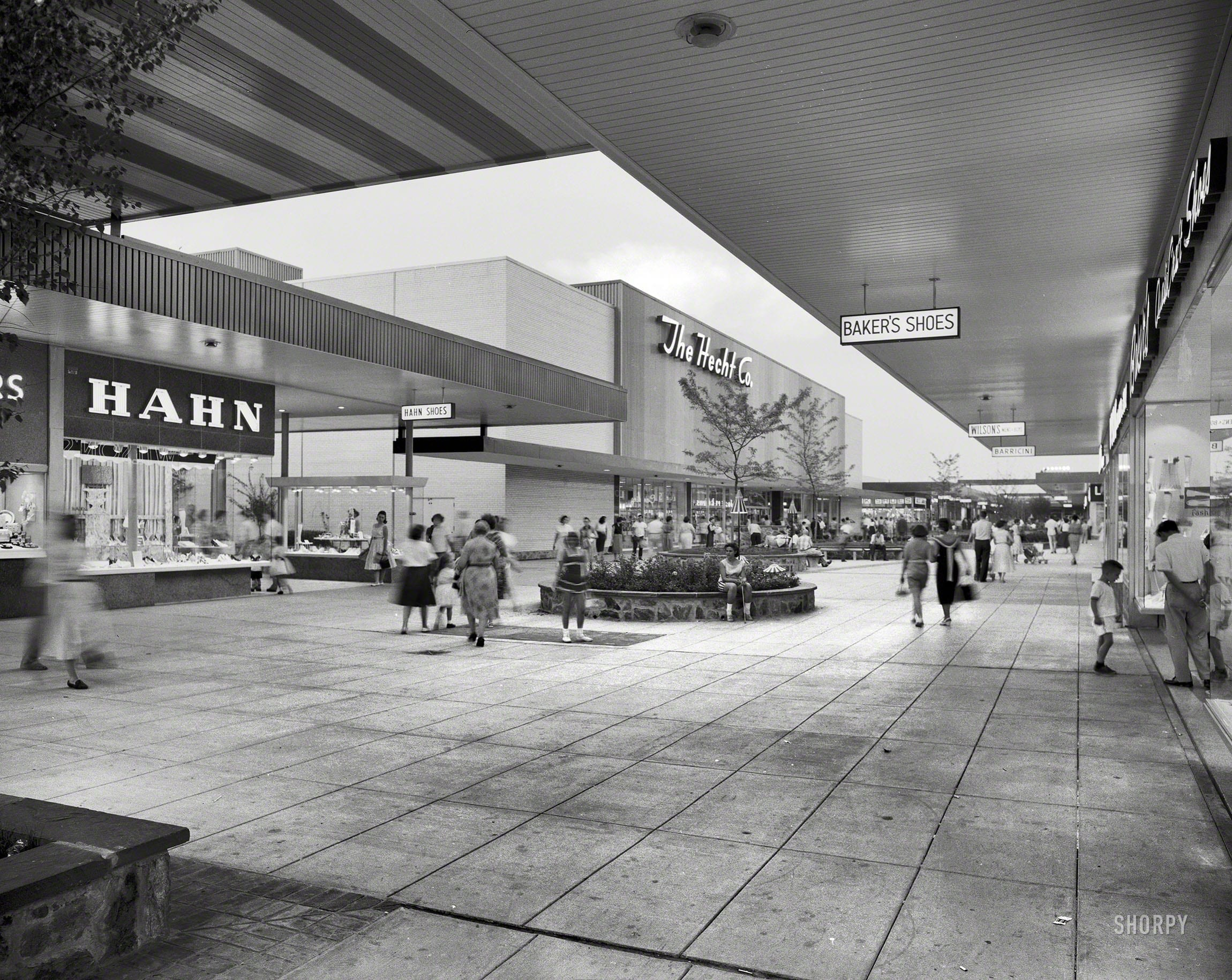 Prince George's Plaza in 1959