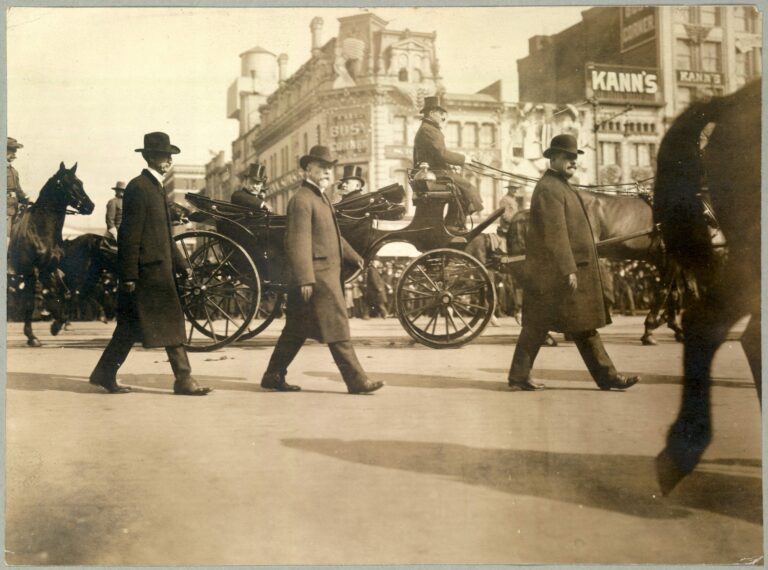 President Roosevelt in carriage en route to Capitol