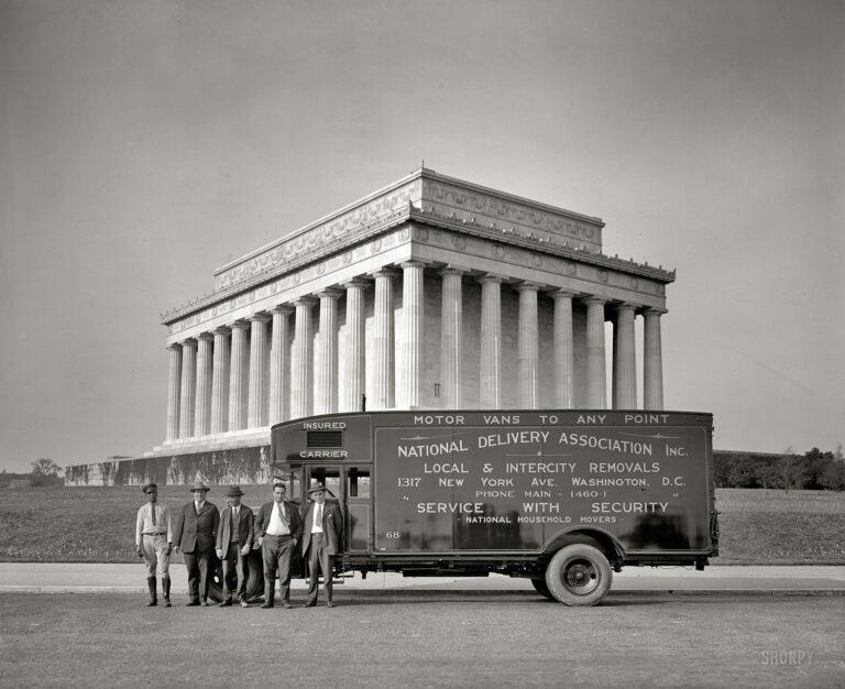 "Washington, D.C., circa 1926. ""National Delivery Association, Lincoln Memorial."" National Photo Company Collection glass negative."