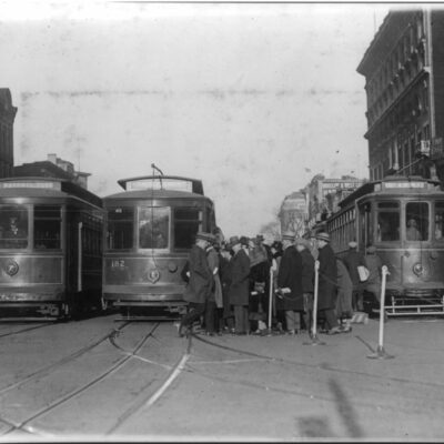 Streetcars at 15th and New York Avenue