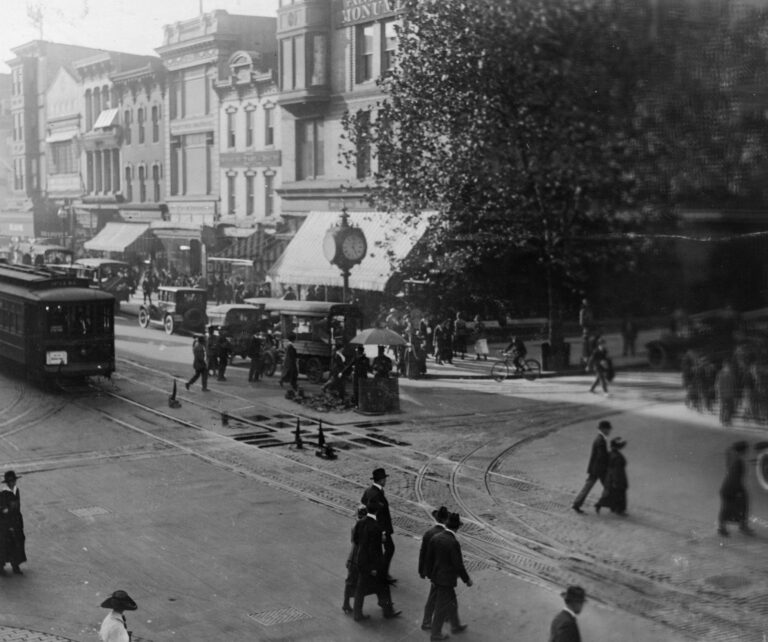 street scene at 11th and F St. in 1910s