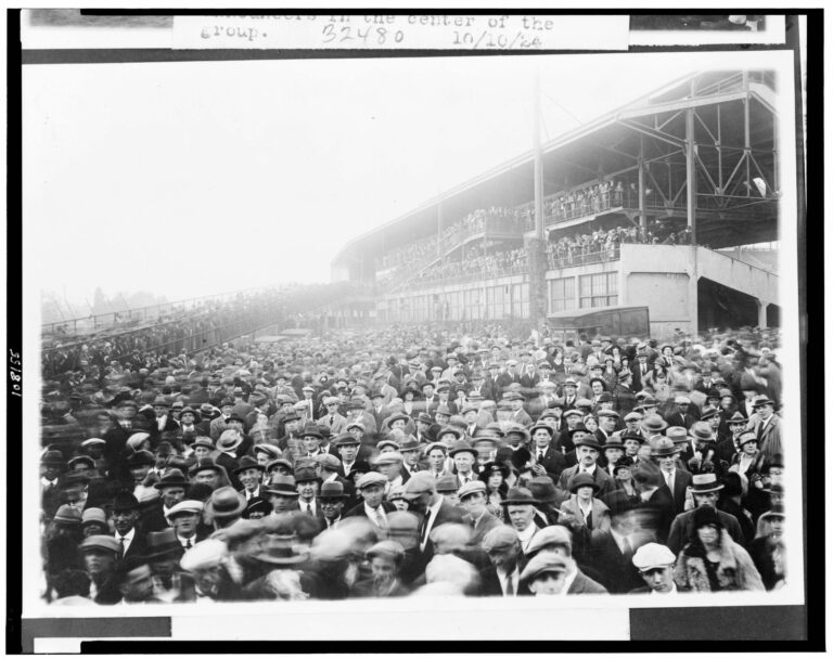 Fans outside Griffith Stadium on October 10th, 1924