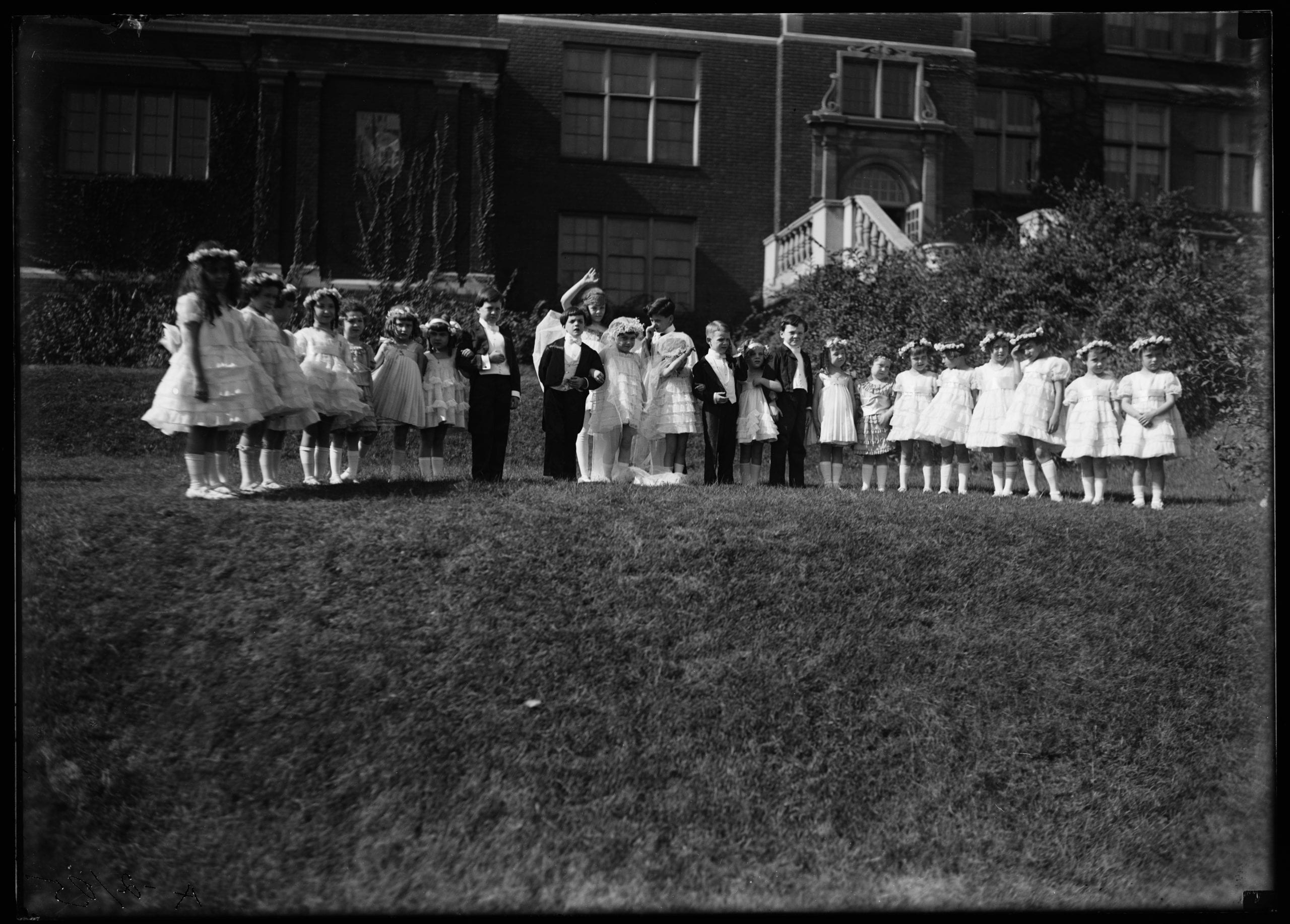 Central High School pageant between 1915 and 1923