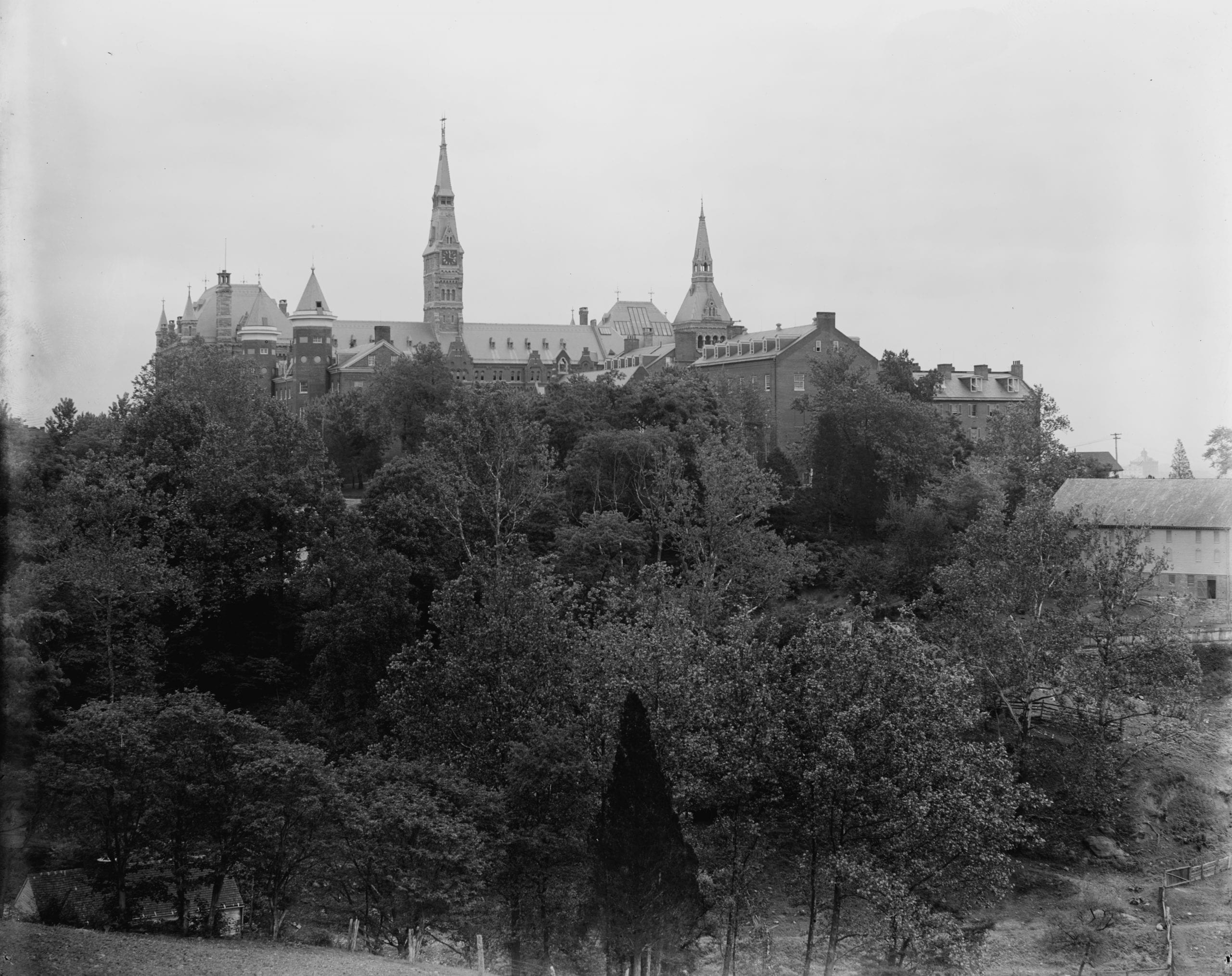 Georgetown University from observatory (Library of Congress)