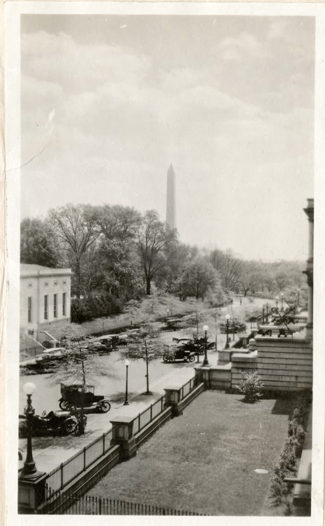 Great Photo of West Wing and Washington Monument
