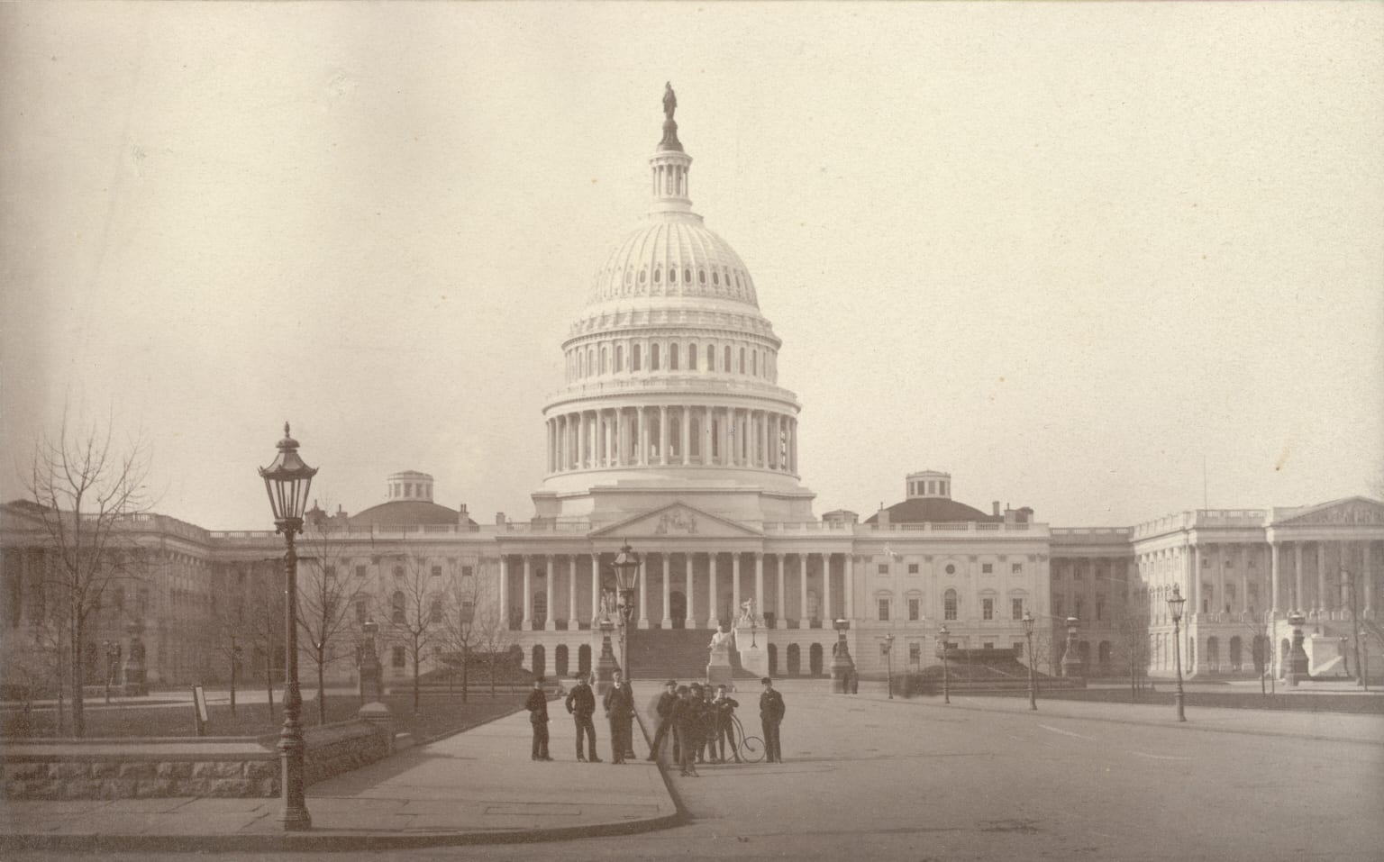 Newsmen in front of the Capitol Building