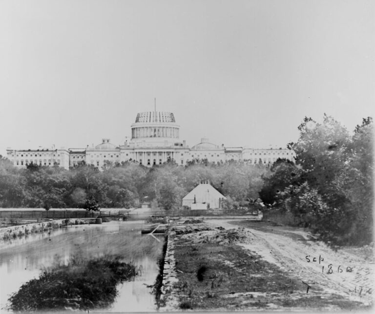 Capitol Dome under construction in 1860
