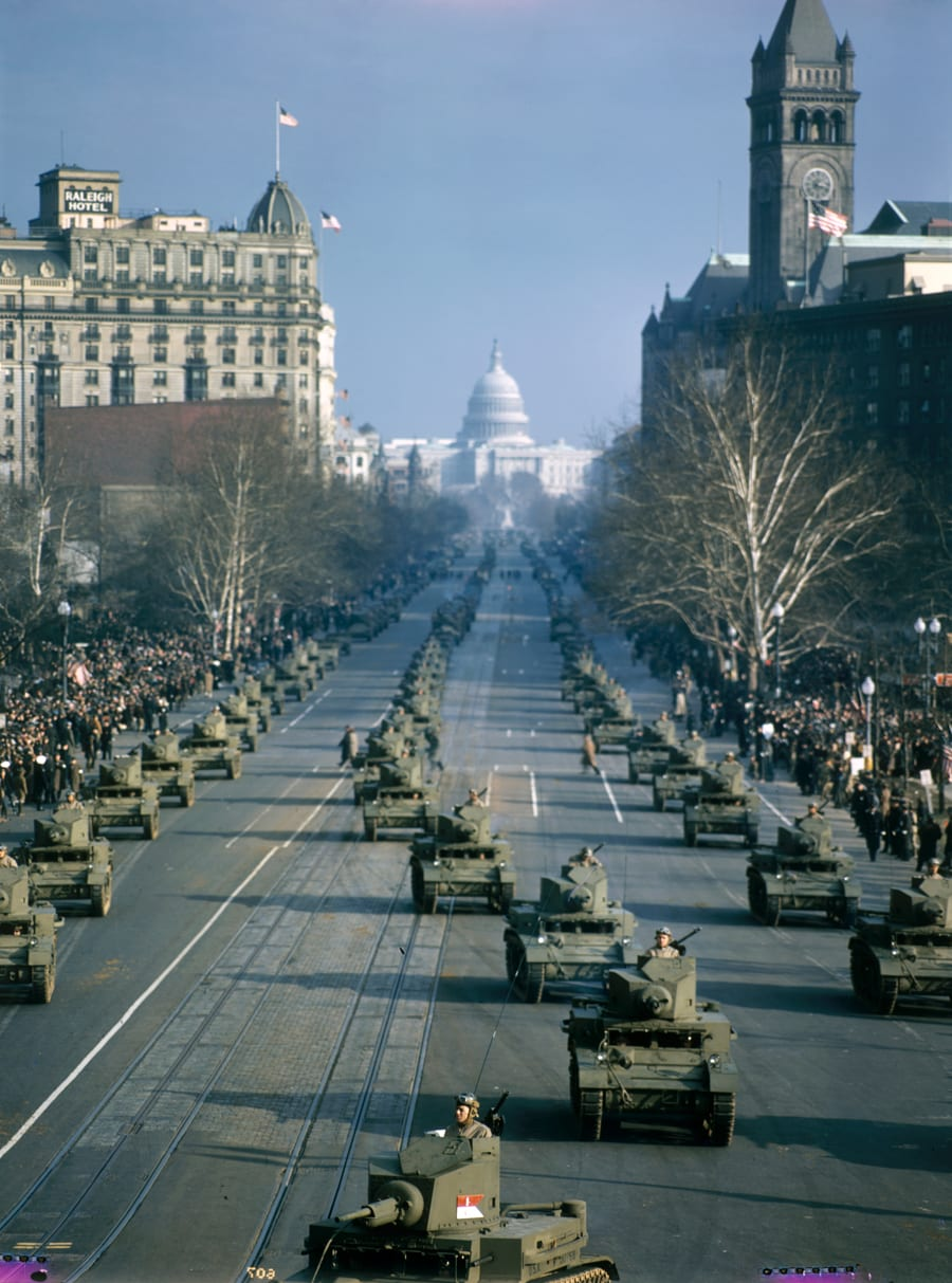 tanks rolling down Pennsylvania Ave. NW