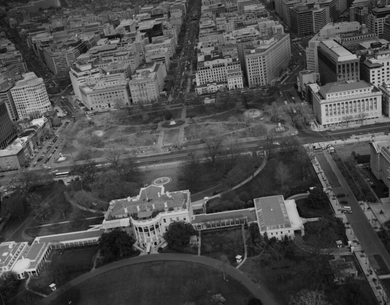 Miraculous Terrific Aerial View Of The White House Ghosts Of Dc Download Free Architecture Designs Scobabritishbridgeorg