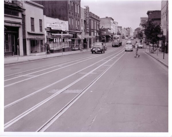 """Wisconsin Avenue, NW, south of O Street at """"rush hour"""" (June 30, 1960)."""