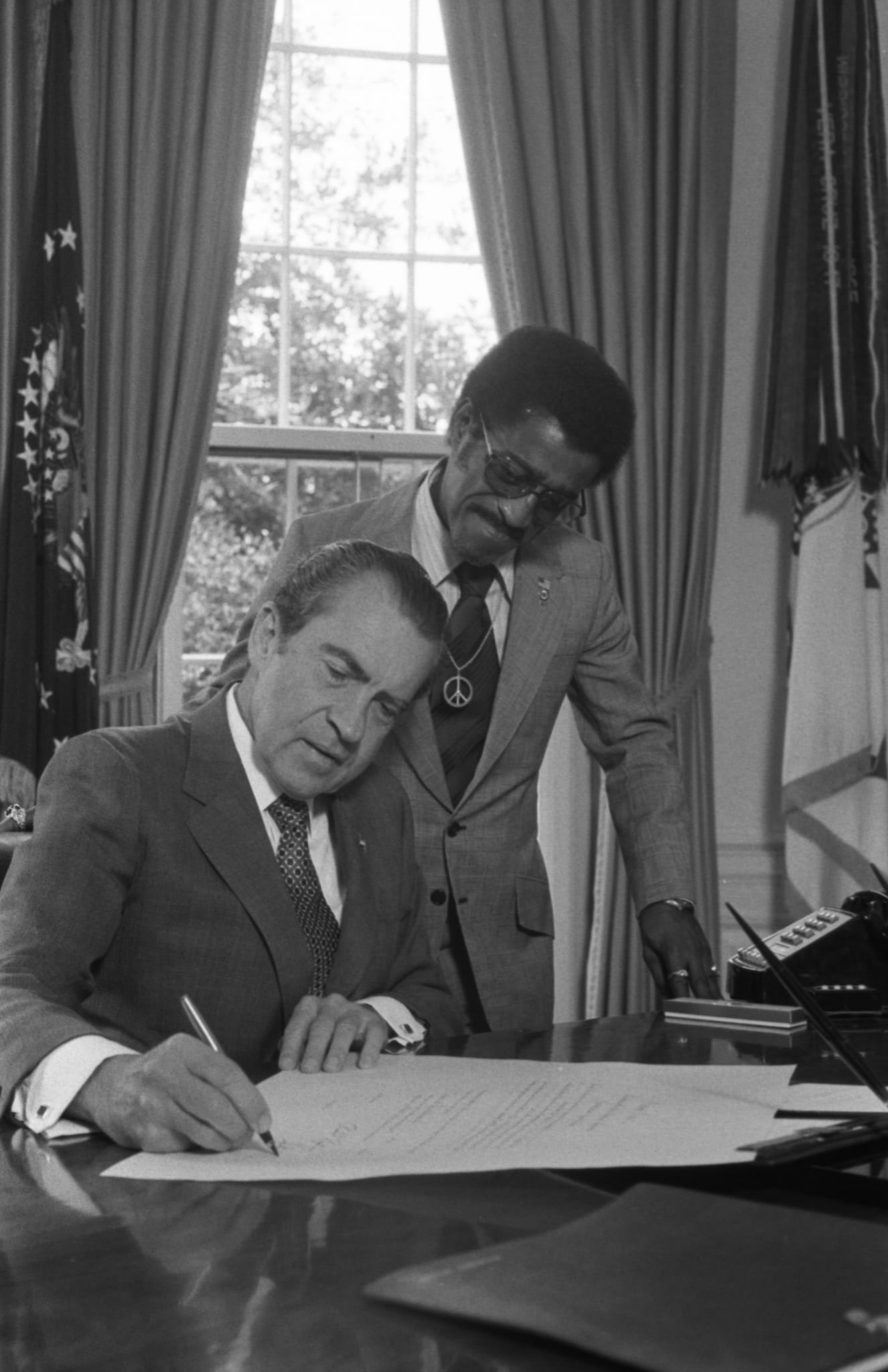 Pres. Nixon w/ Sammy Davis, Jr., new member of Nat'l. Advisory Council on Economic Opportunity