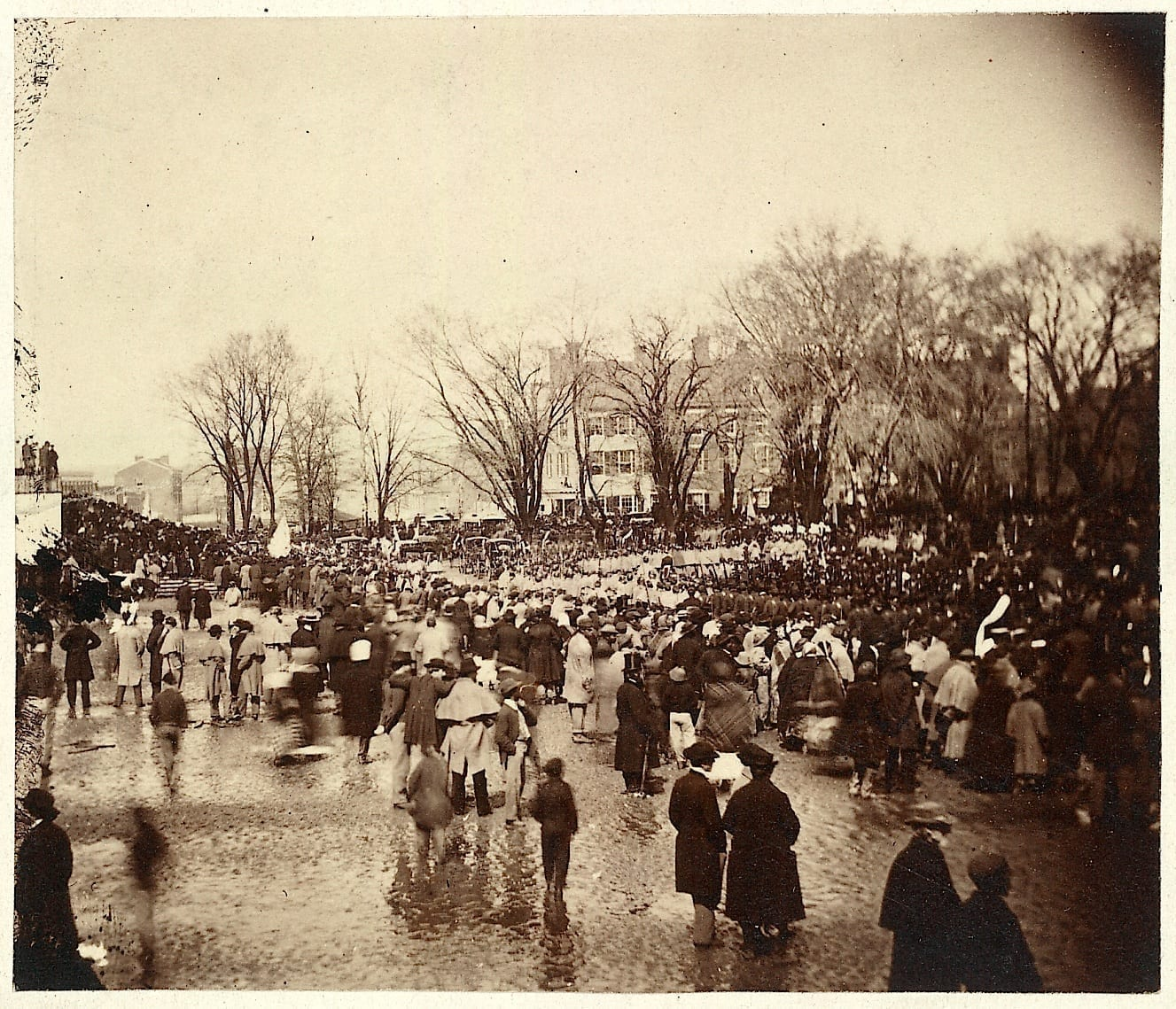 Extremely Rare 1865 Photo of Lincoln's Second Inauguration