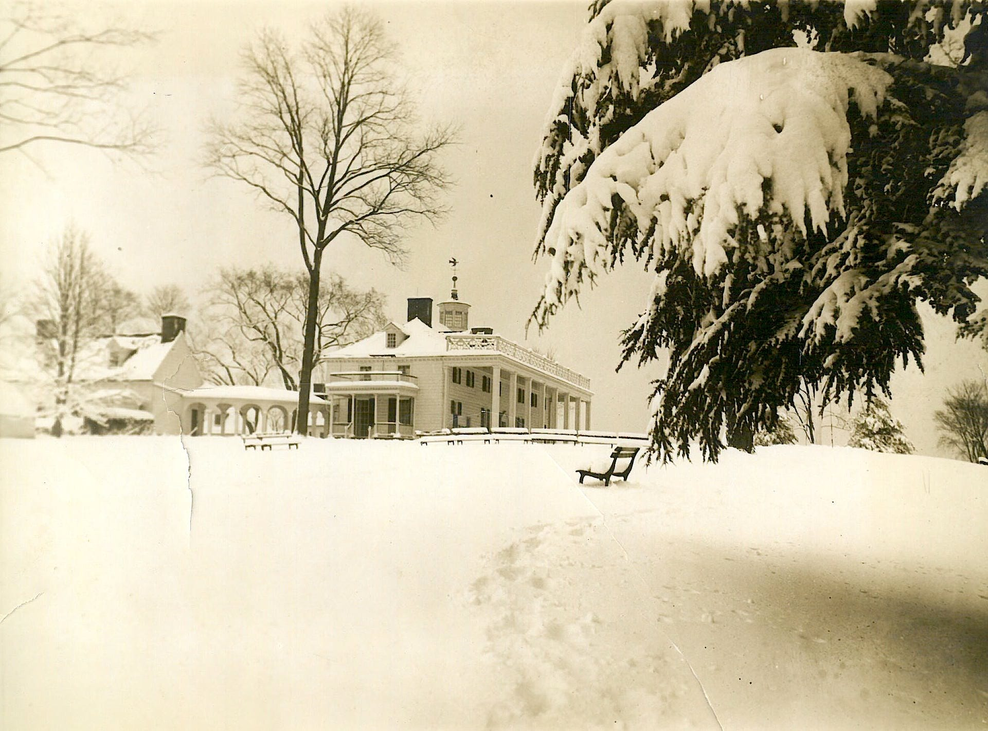 Mount Vernon in the snow
