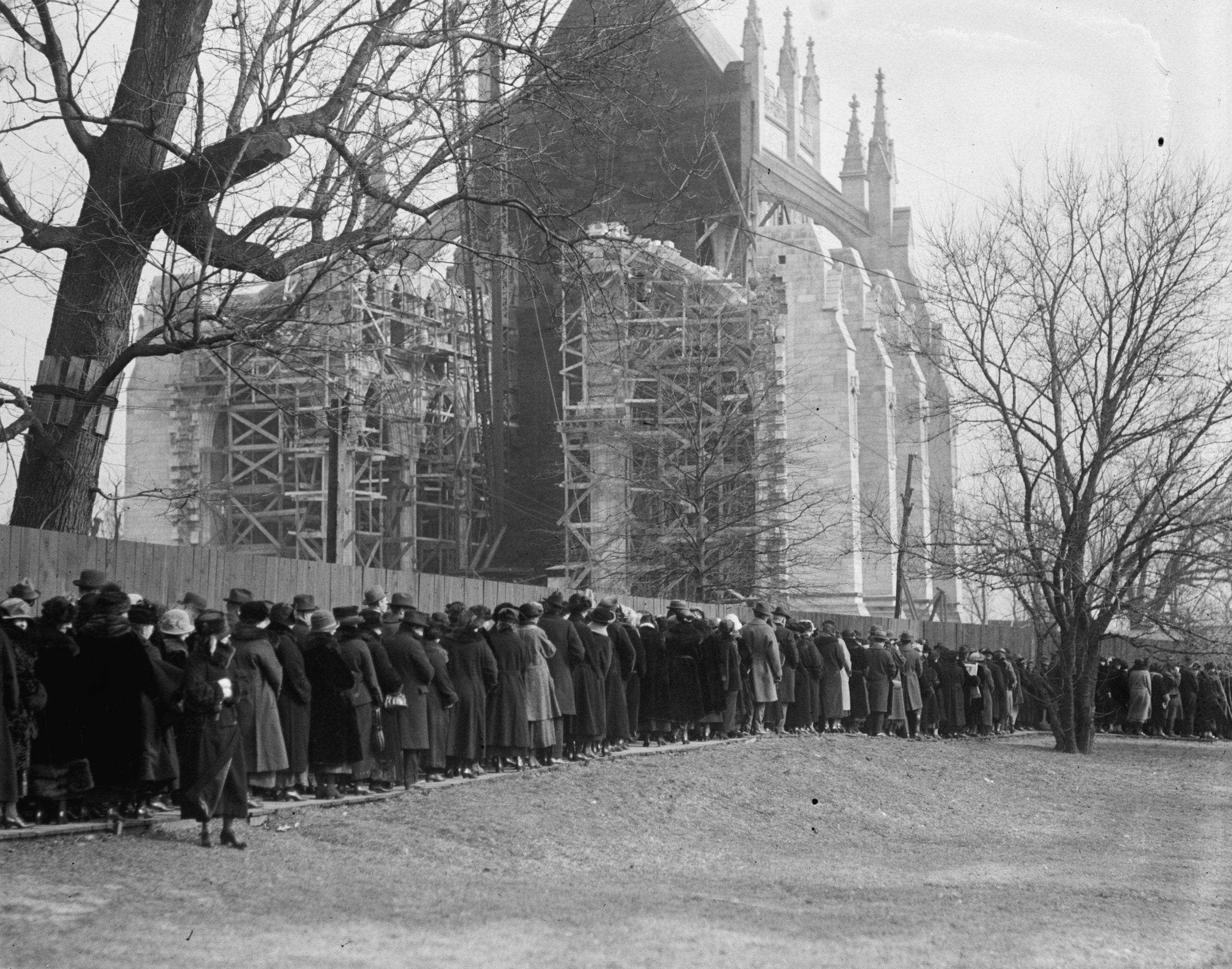 crowds gathered at National Cathedral on February 7th , 1924