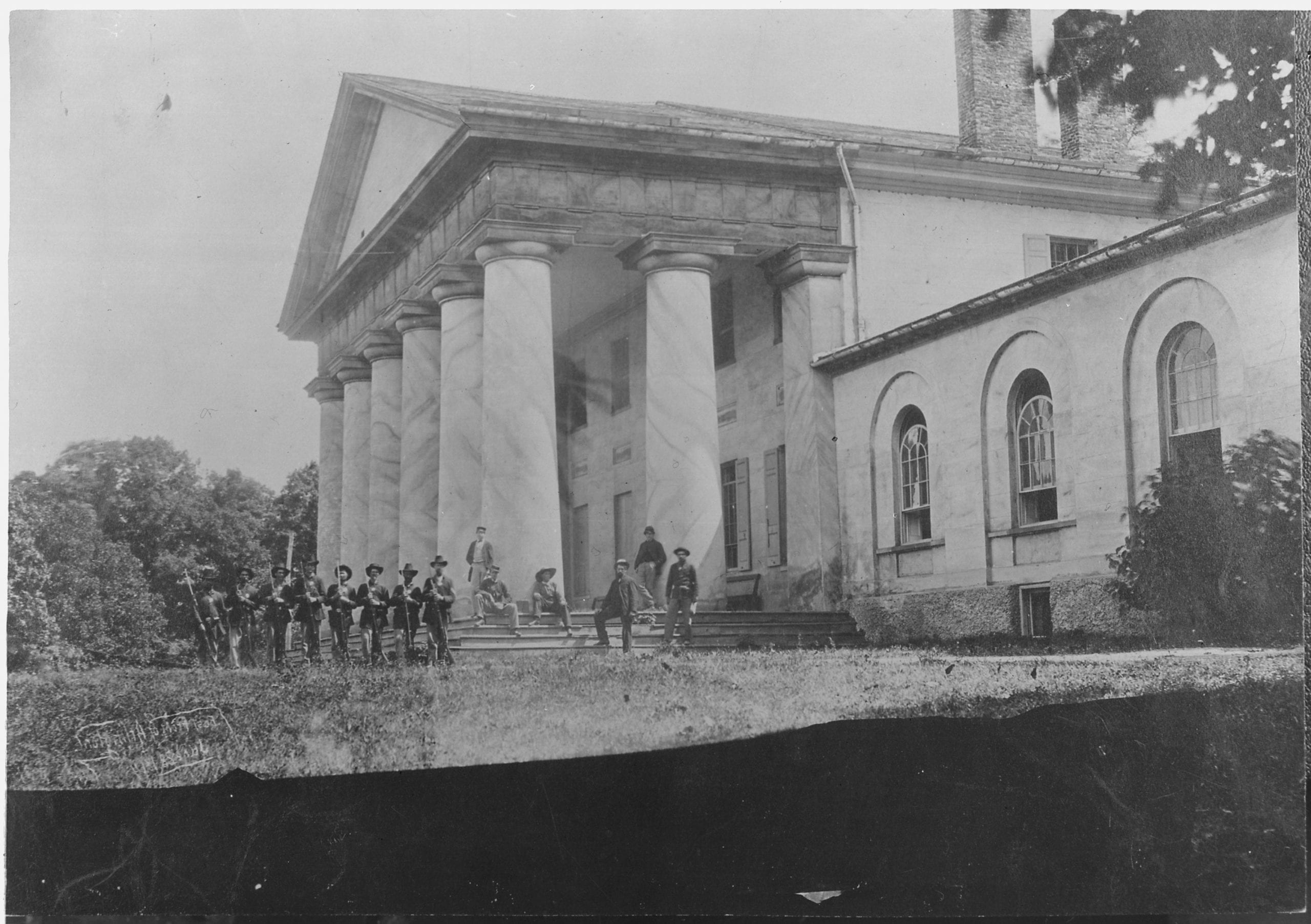 Great Civil War Photo of Arlington House and Soldiers