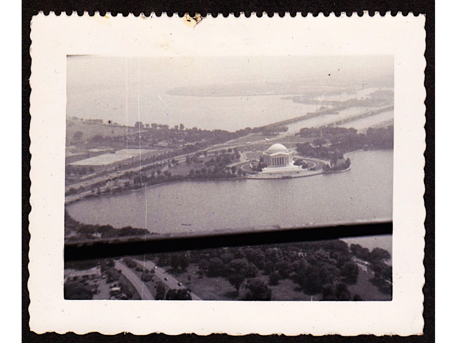 GoDCer Sends 1950s Vacation Photos of D.C.