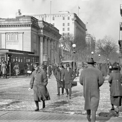 "Washington, D.C., circa 1917. ""Street scene, 15th and G Streets near Riggs National Bank."" Harris & Ewing Collection glass negative."