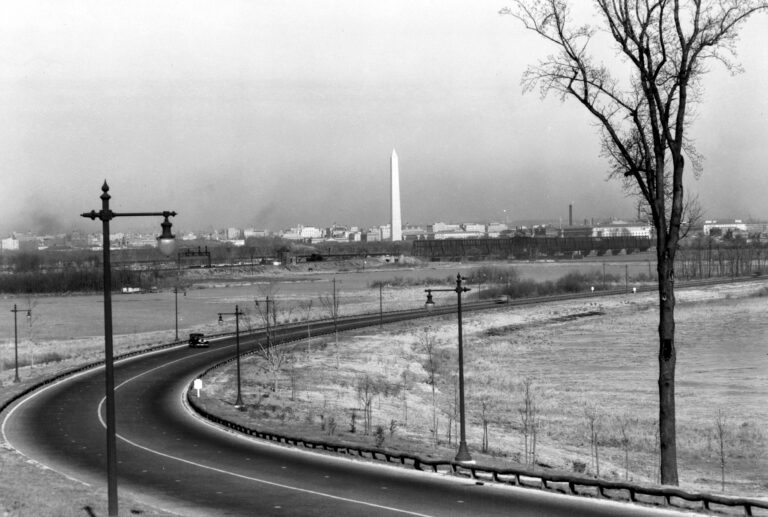 VIEW OF WASHINGTON MONUMENT FROM THE VICINITY OF CAPITAL OVERLOOK, 1932. - George Washington Memorial Parkway, Along Potomac River from McLean to Mount Vernon, VA, Mount Vernon, Fairfax County, VA