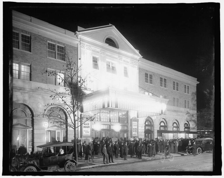 Exterior of the Knickerbocker on opening day, 1917