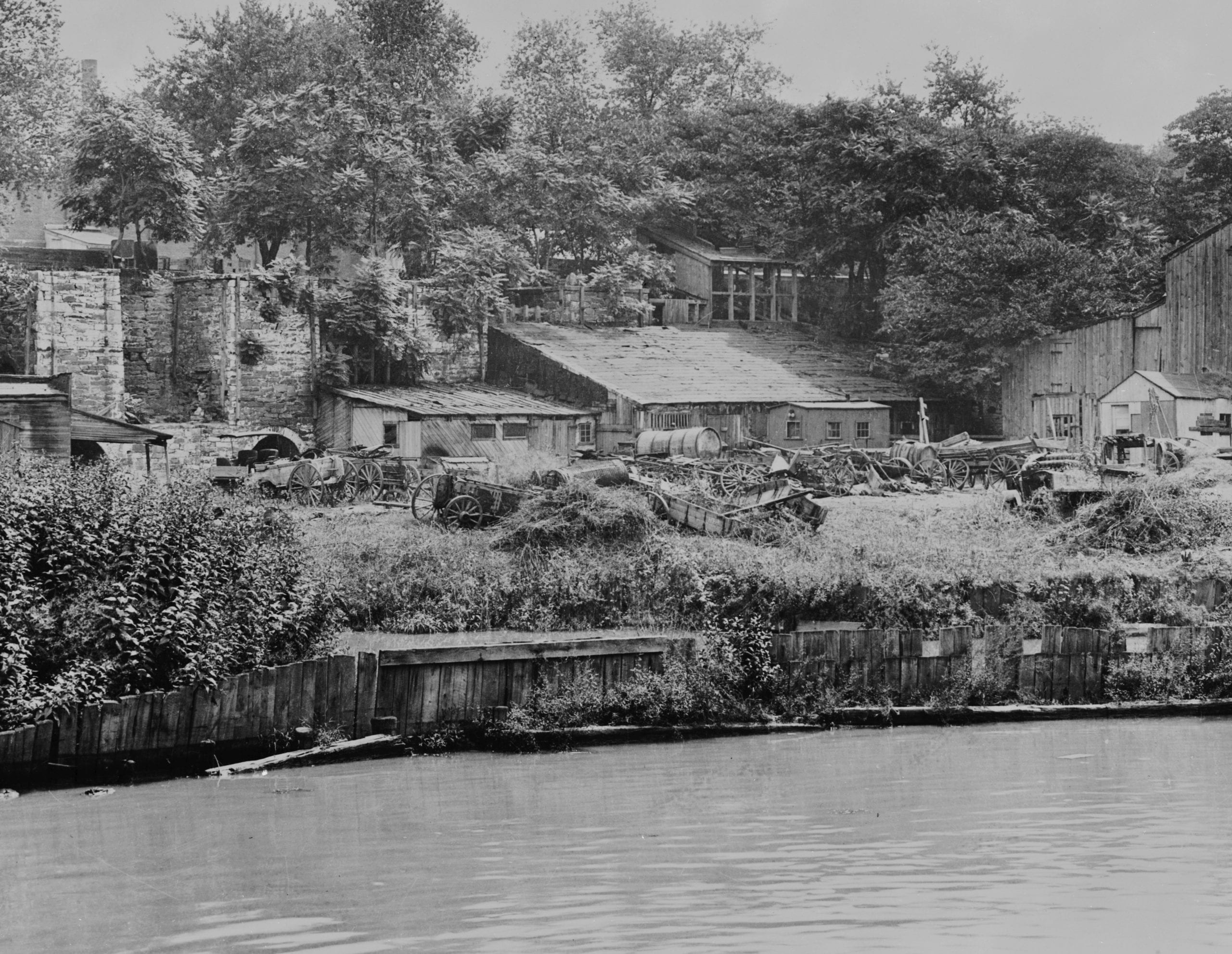 Historic American Buildings Survey Photographer Unknown, post 1907. EXTERIOR FROM WEST Copied from print in files of National Capital Region, National Park Service, Washington, D. C. - Godey Lime Kilns (Ruins), Junction of Rock Creek & Potomac Parkway, Washington, District of Columbia, DC