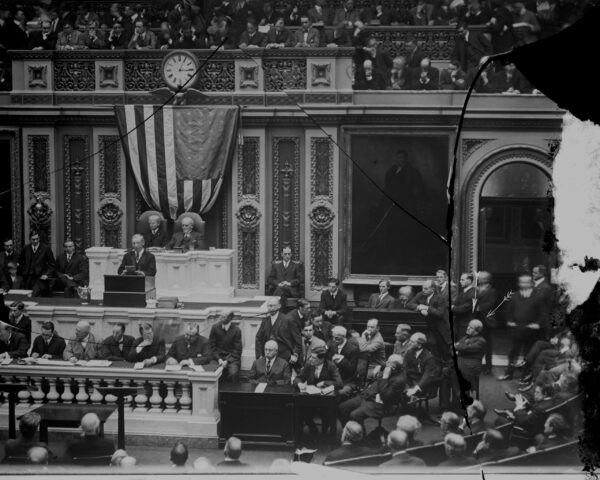 Woodrow Wilson revived the tradition of the oral State of the Union address (1913)